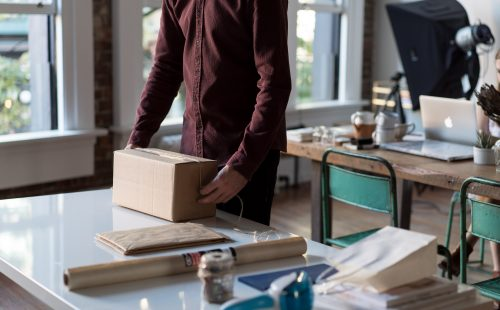Order-fulfillment-for-Ecommerce:-the-ultimate-guide-to-optimize